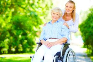 le Coup de Pouce à domicile porte aide aux personnes handicapés et/ou à mobilité réduite